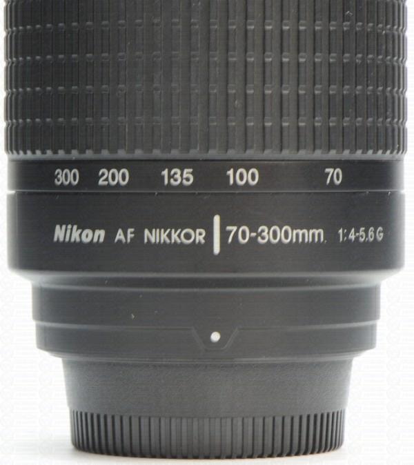 objetiva-nikon-zoom-70-300mm-autofocus-17945-mlb20146463863_082014-f_1_[1]