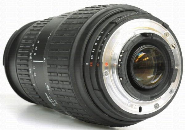 objetiva-para-nikon-70-300mm-com-macro–11567-mlb20045553358_022014-f_1_[1]